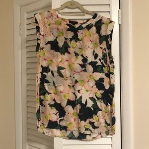 J Crew Cap Sleeve Floral Top // Size 6T